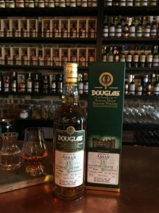 Isle_of_Arran_15YO_-_Douglas_of_Drumlanrig_-_whisky_singapore_grande